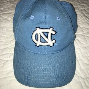UNC Tarheels Fitted Hat with Logo